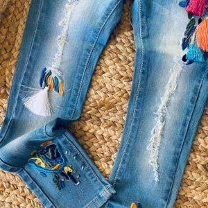 jeans pompom